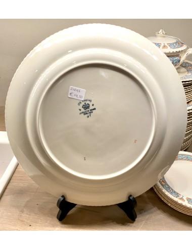 Schaaltje - ovaal met geschulpte rand  - Creil Montereau - décor FLORA blauw